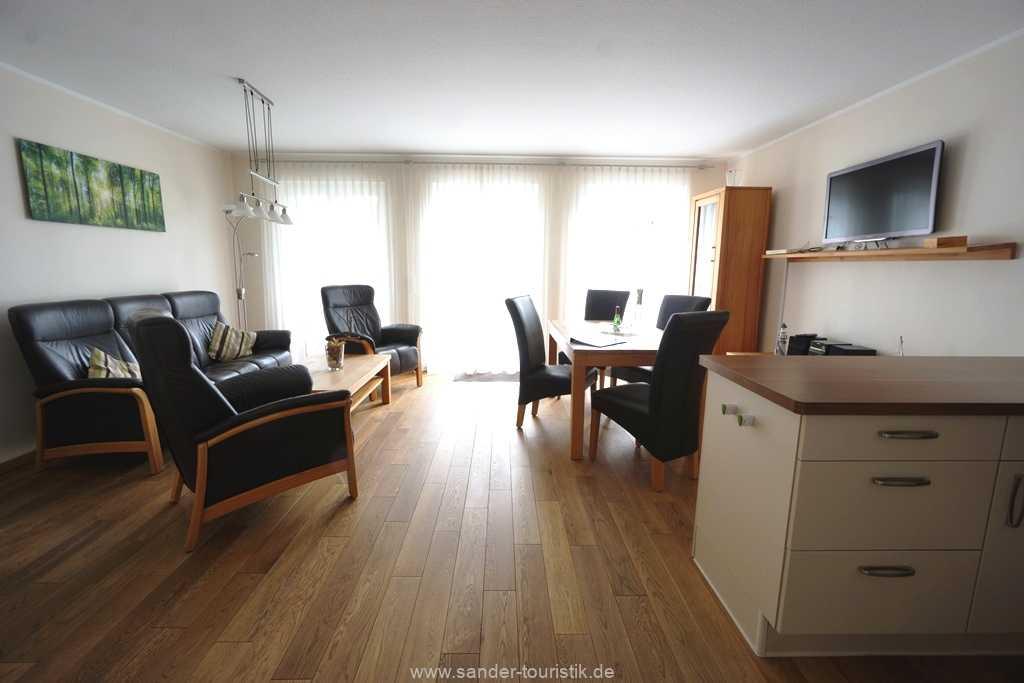 Foto der Wohnung RUG-11-013-21-residenz-margarete-binz-wohnraum1.JPG