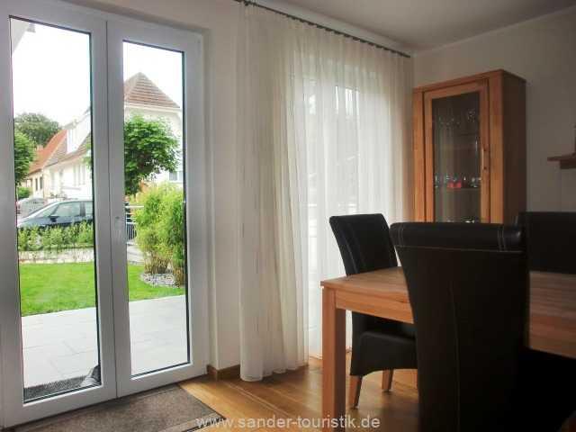 Foto der Wohnung RUG-11-013-21-residenz-margarete-binz-wohnraum4.JPG