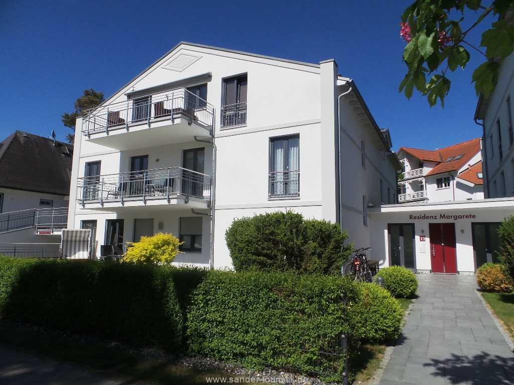Foto der Wohnung RUG-11-013-21-residenz-margarete-binz.einfahrttg.jpg