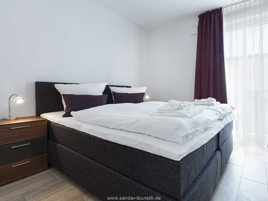 Binz- DünenResort - Doppelbett-Schlafzimmer