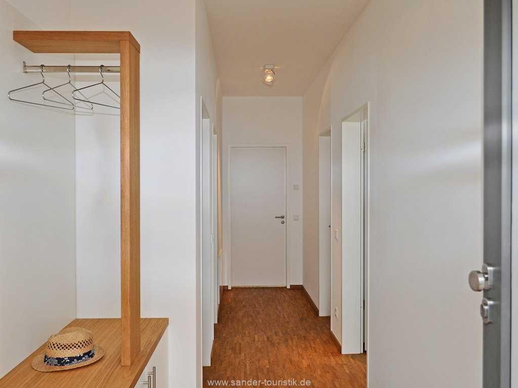 Eingangsbereich mit  Garderobe, DünenResort