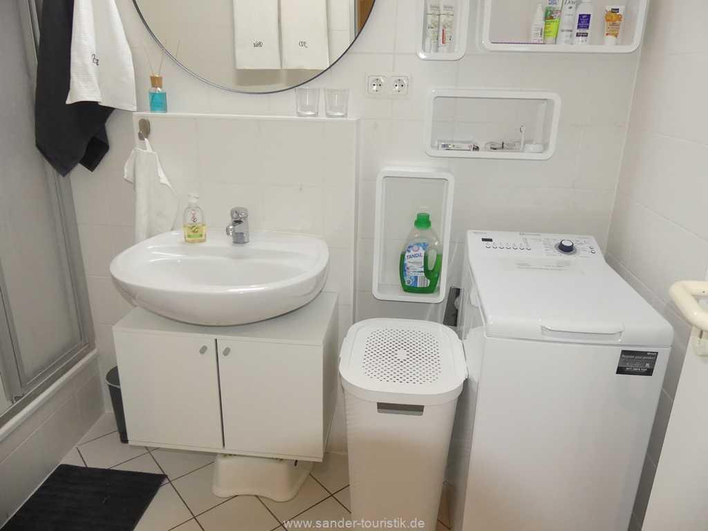 Foto der Wohnung RUG-11-015-12-wohnpark-granitz-binz-badezimmer1.JPG
