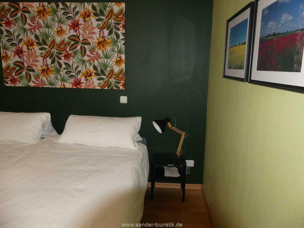 Foto der Wohnung RUG-11-015-12-wohnpark-granitz-binz-schlafzimmer1.JPG