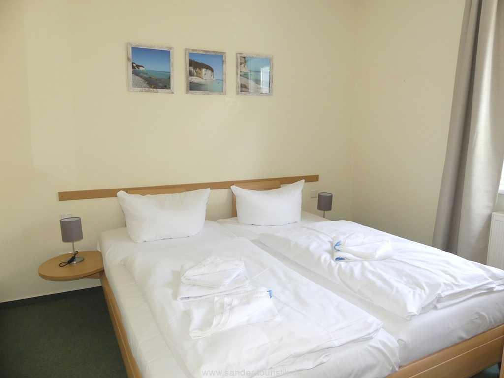 Foto der Wohnung RUG-11-019-10-villa-meernixe-binz-schlafzimmer.jpg