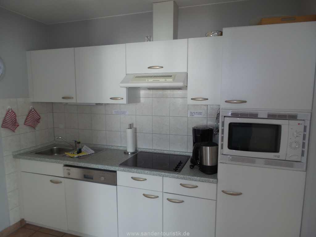 Gut ausgestattete Küchenzeile mit Spülmaschine - Villa Meernixe