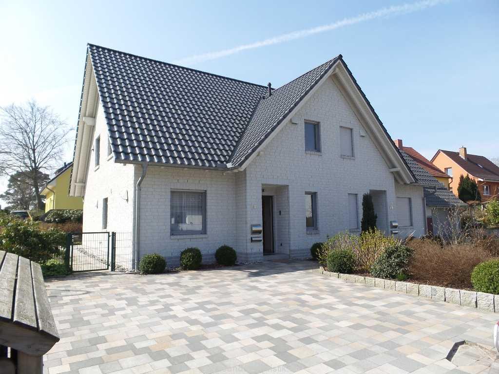 Foto der Wohnung RUG-12-001-01-ferienhaus-strandamsel-binz-ansicht.jpg