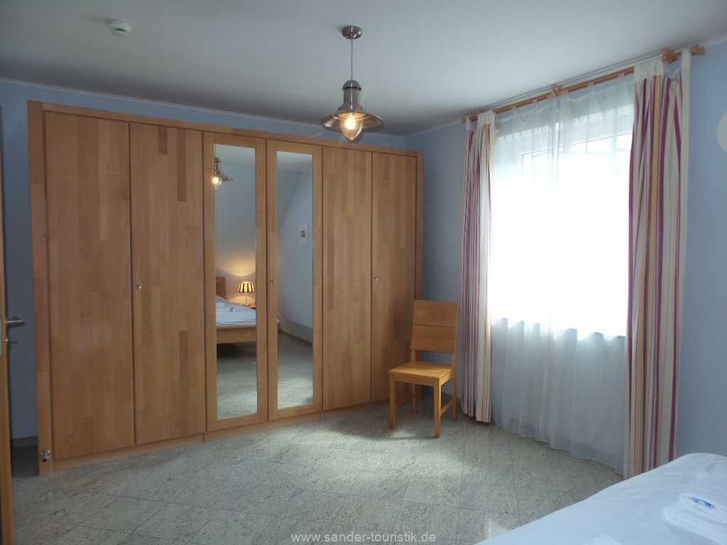 Foto der Wohnung RUG-12-001-01-fh-strandamsel-binz-doppelbett1.jpg