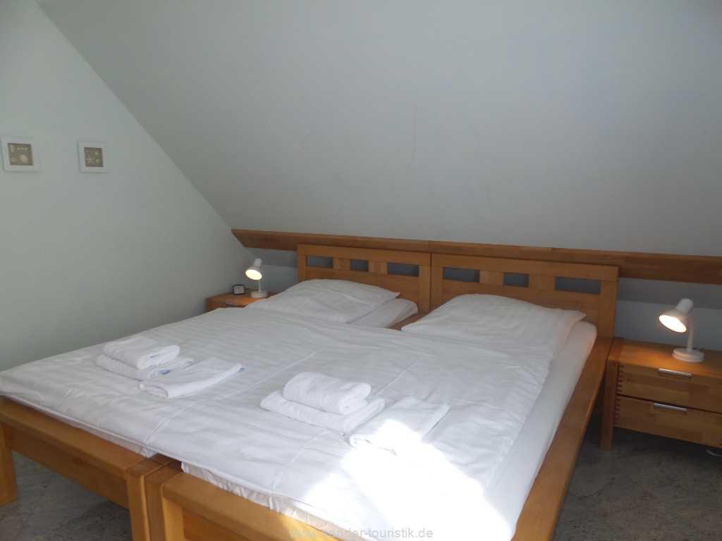 Foto der Wohnung RUG-12-001-01-fh-strandamsel-binz-doppelbett2.jpg