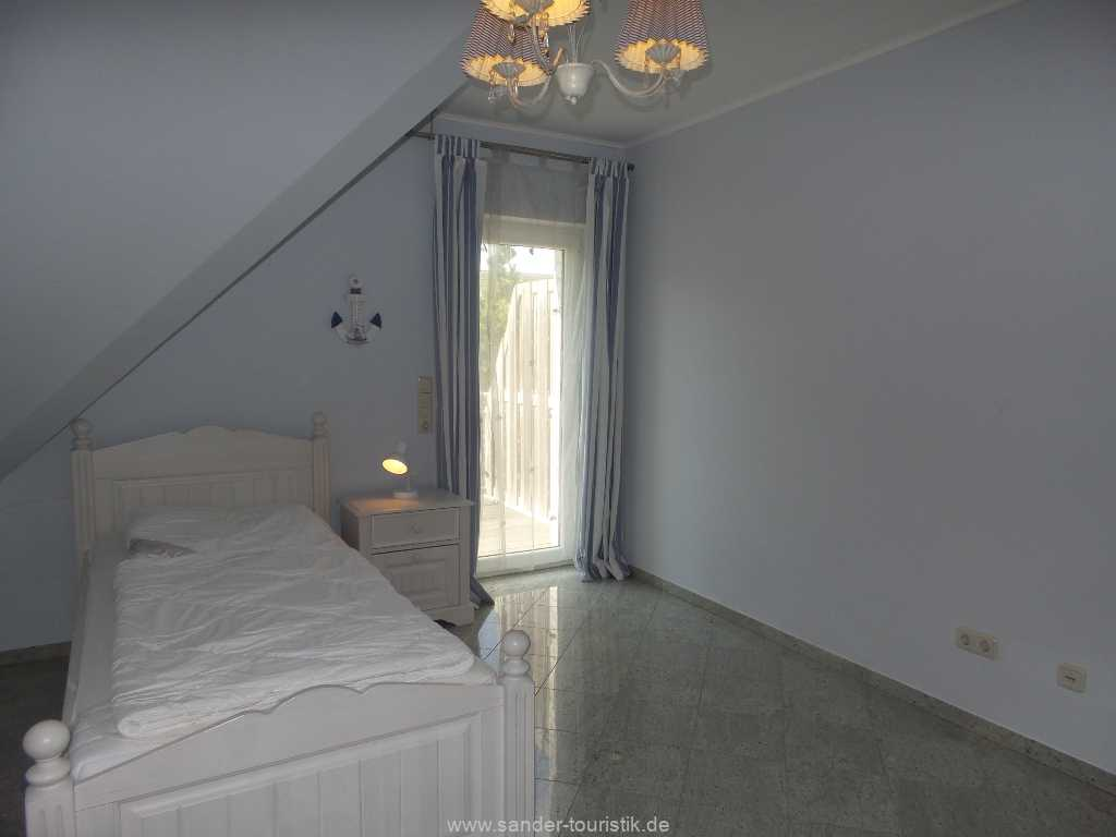 Foto der Wohnung RUG-12-001-01-fh-strandamsel-binz-einzelbett2.jpg