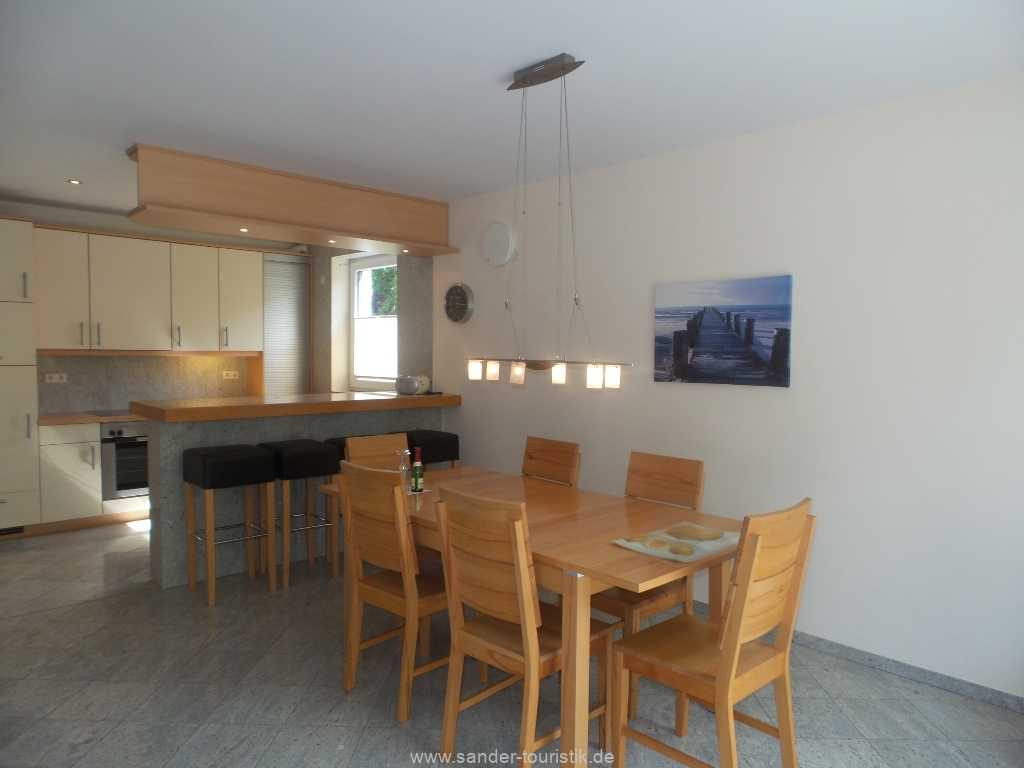 Foto der Wohnung RUG-12-001-01-fh-strandamsel-binz-essecke1.jpg