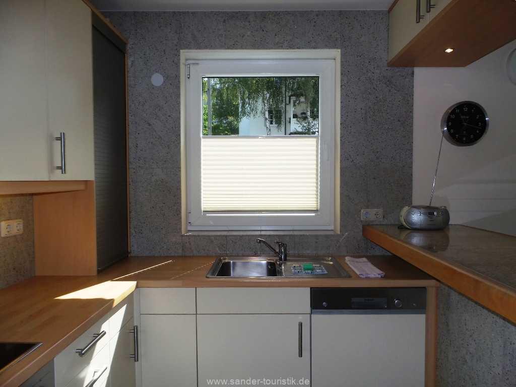 Foto der Wohnung RUG-12-001-01-fh-strandamsel-binz-kueche2.jpg