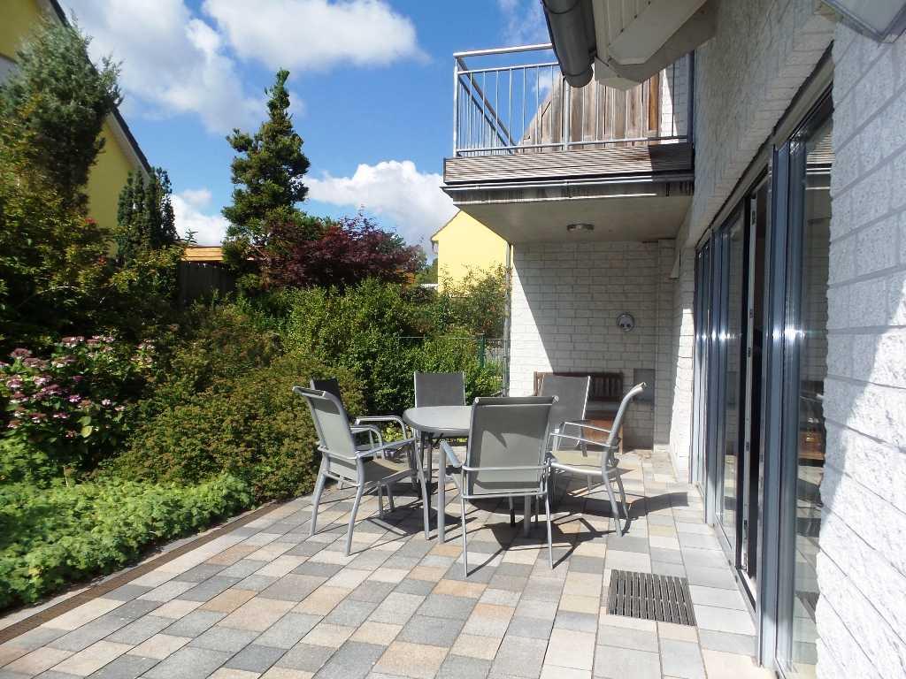 Foto der Wohnung RUG-12-001-01-fh-strandamsel-binz-terrasse.jpg