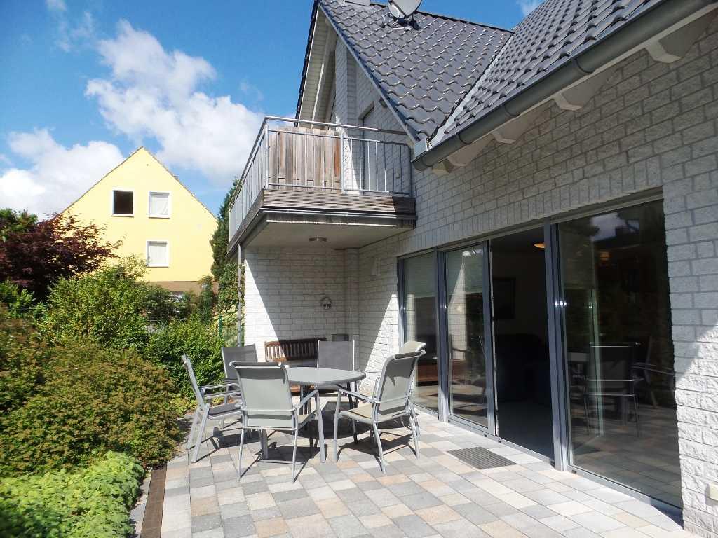 Foto der Wohnung RUG-12-001-01-fh-strandamsel-binz-terrasse1.jpg