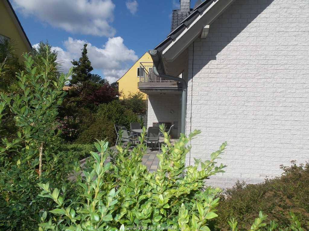 Foto der Wohnung RUG-12-001-01-fh-strandamsel-binz-terrasse4.jpg