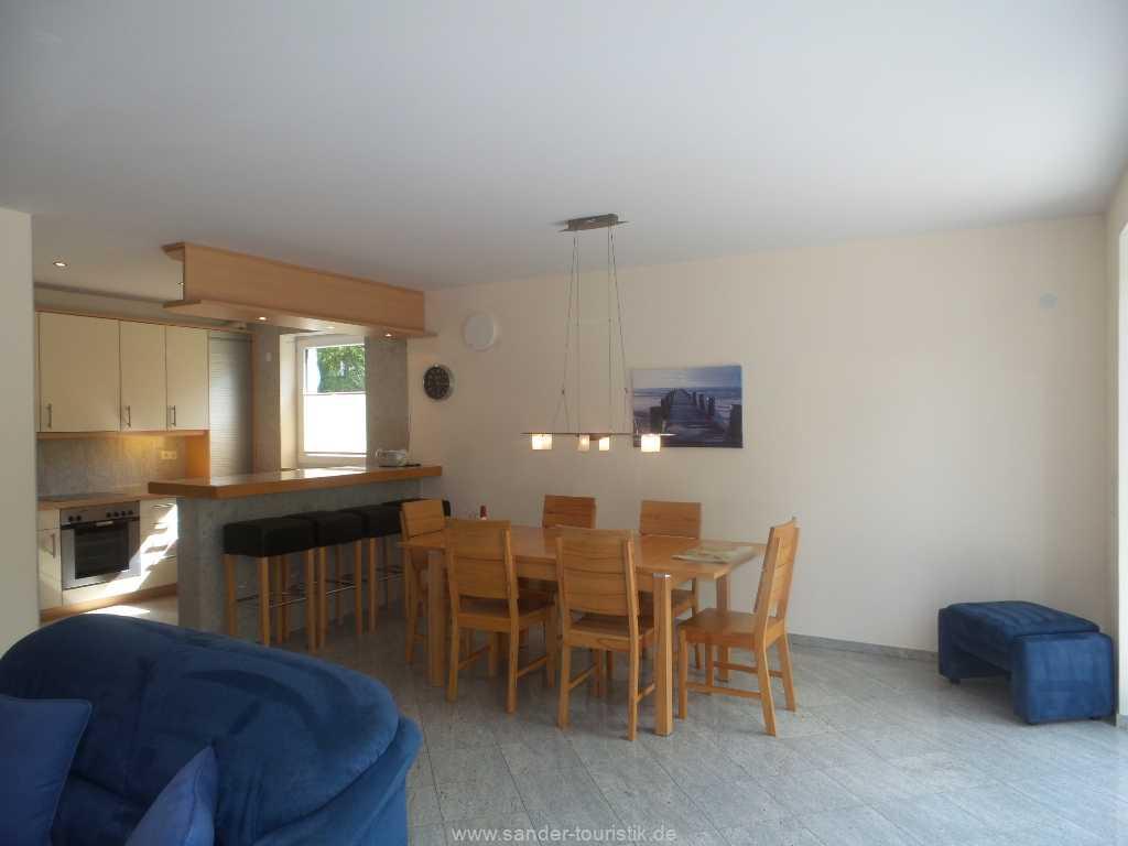 Foto der Wohnung RUG-12-001-01-fh-strandamsel-binz-wohnraum1.jpg