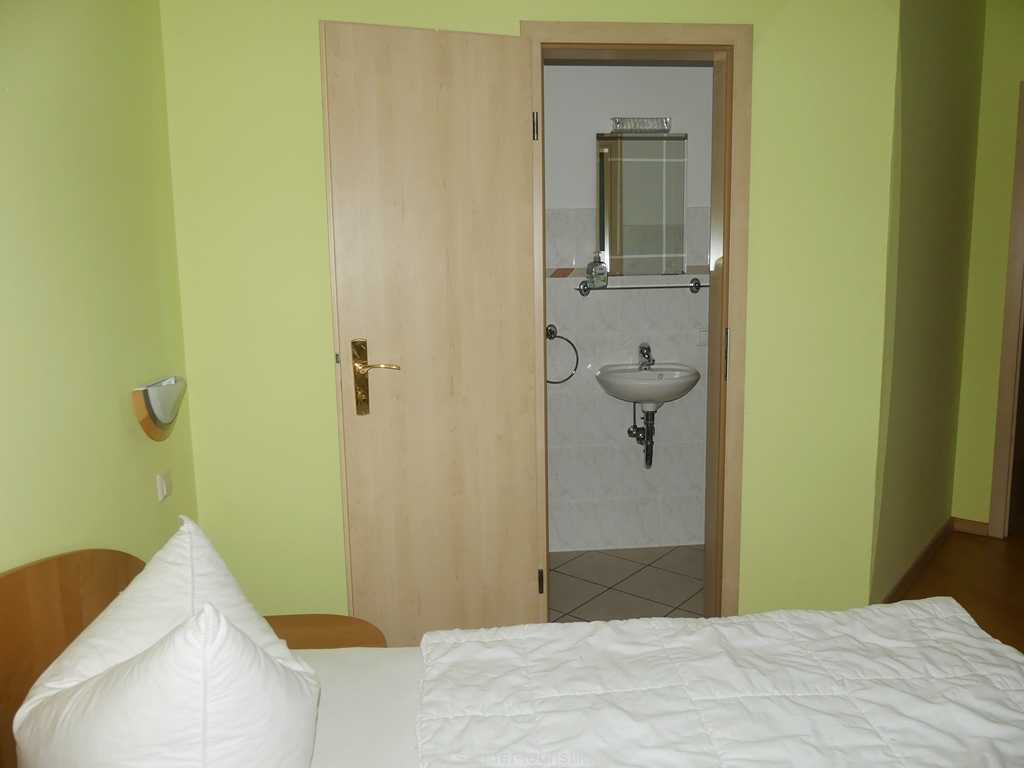 2. Doppelbett-Schlafzimmer - Binz