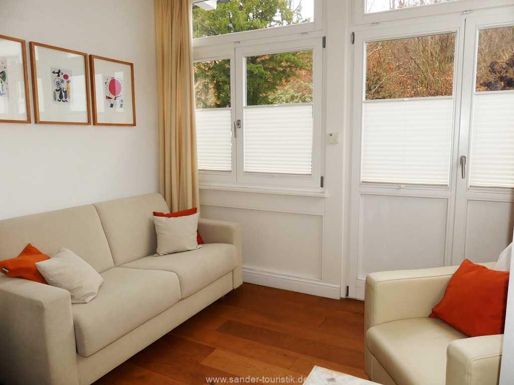 Foto der Wohnung RUG-12-015-02-villa-ravensberg-binz-schlafzimmer3.jpg