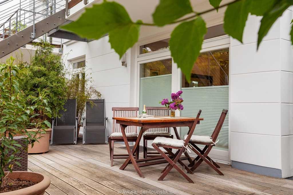 Foto der Wohnung RUG-12-015-02-villa-ravensberg-binz-terrasse.jpg