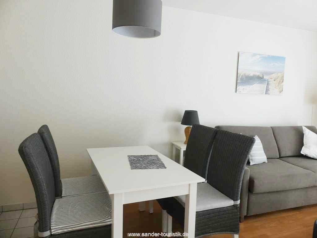 Foto der Wohnung RUG-12-021-01-binzer-sterne.binz-essbereich.JPG