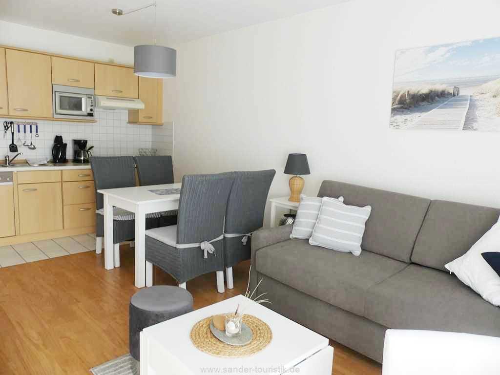 Foto der Wohnung RUG-12-021-01-binzer-sterne.binz-essbereich0.JPG
