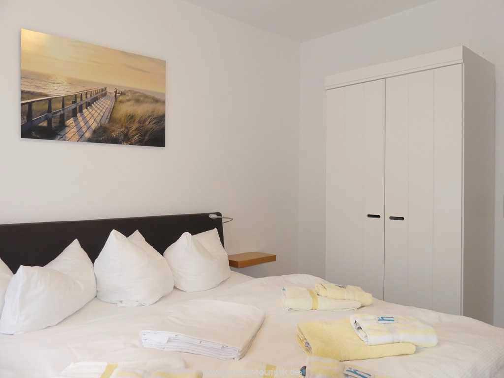 Foto der Wohnung RUG-12-021-01-binzer-sterne.binz-schlafzimmer.JPG