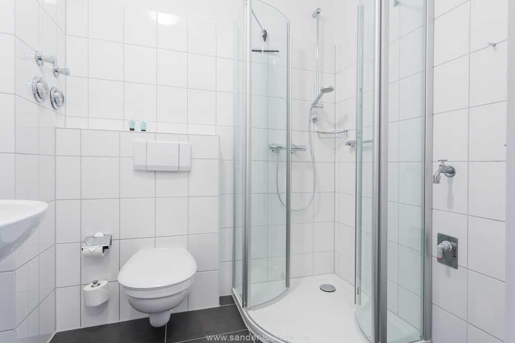 Foto der Wohnung RUG-12-021-01-binzersterne.binz-badezimmer1.jpg