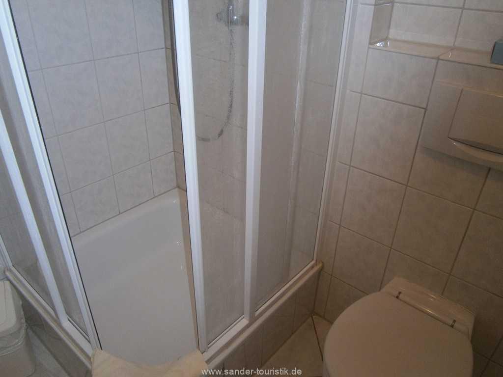 Foto der Wohnung RUG-12-021-57-binzer-sterne-binz-bad1.jpg