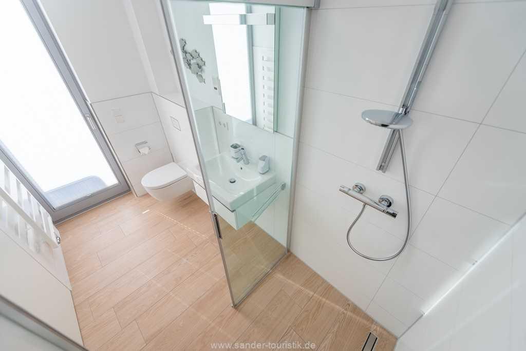Foto der Wohnung RUG-13-027-01-villa-granitzblick-binz-badezimmer3.jpg
