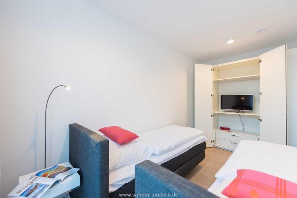 Foto der Wohnung RUG-13-027-01-villa-granitzblick-binz-schlafzimmer-einzelbett1.jpg