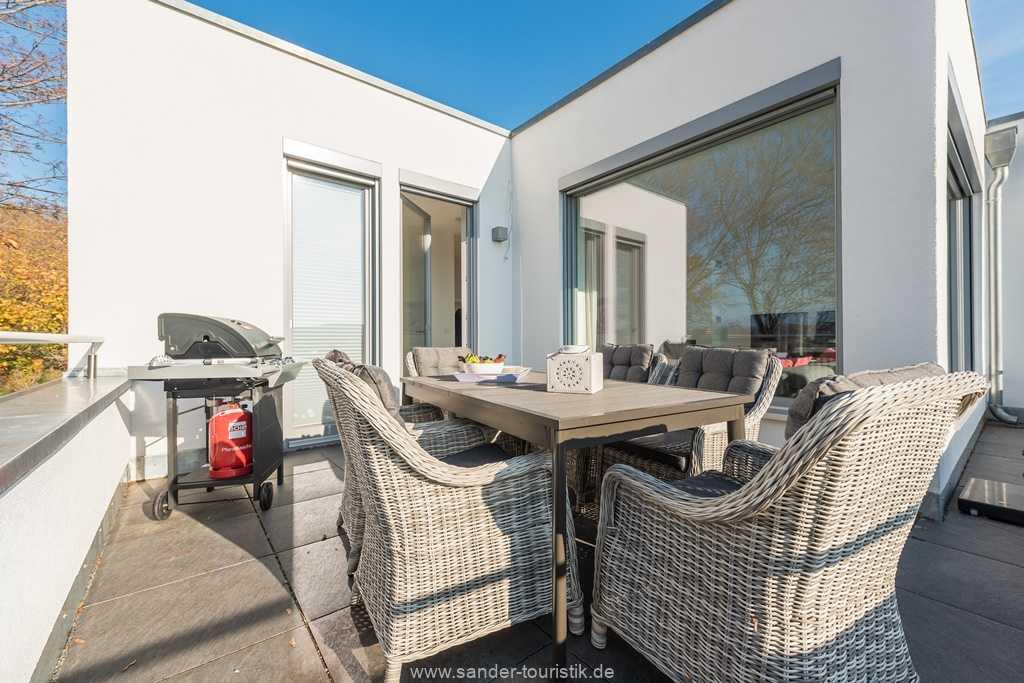 Foto der Wohnung RUG-13-027-01-villa-granitzblick-binz-terrasse2.jpg