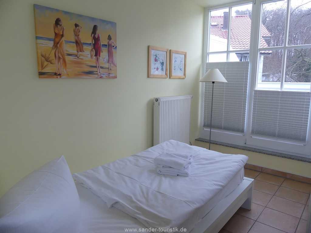 Foto der Wohnung RUG-13-036-10-villa-granitz-binz-schlafen3.JPG