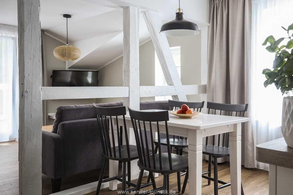 Foto der Wohnung RUG-14-019-08-villa-oestereich-binz-essbereich.jpg