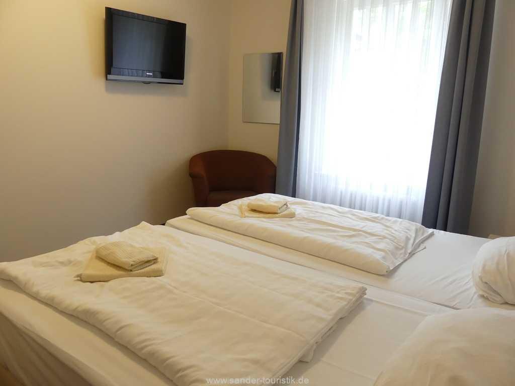 Foto der Wohnung RUG-15-002-14-duenenpark-binz-schlafzimmer1.JPG
