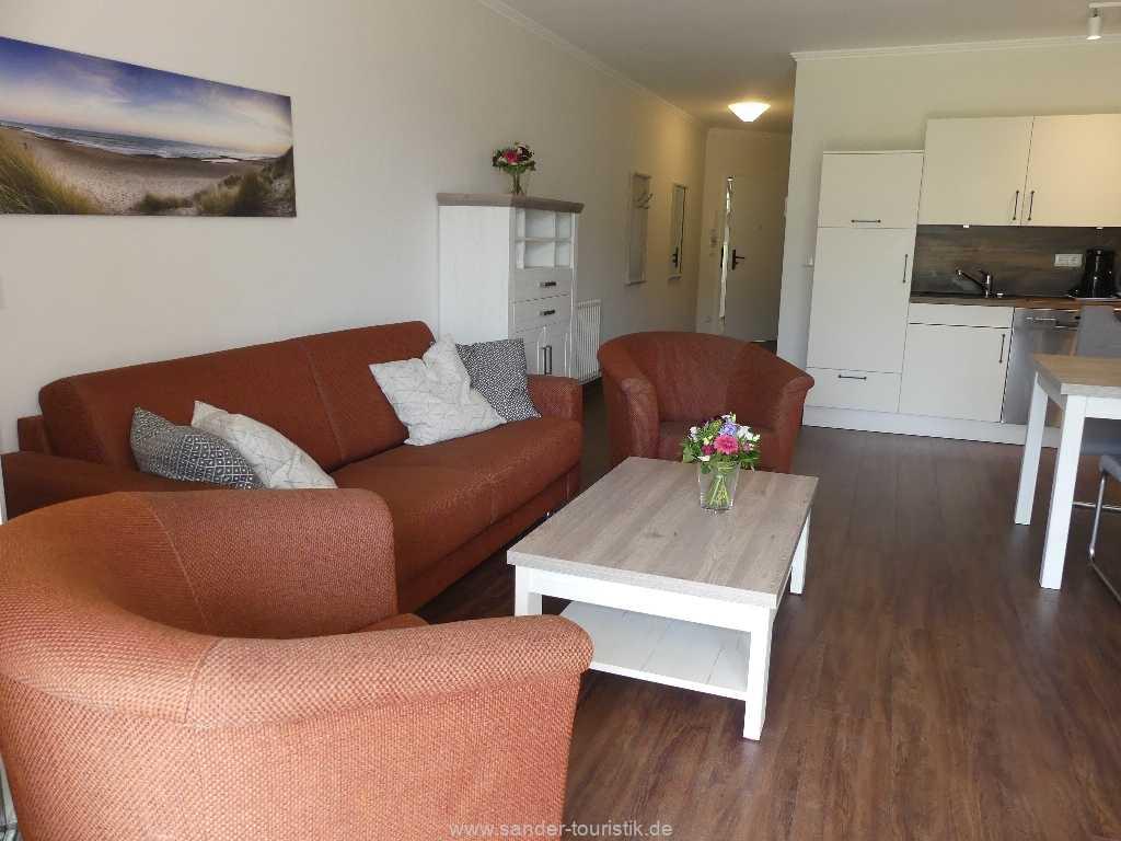 Foto der Wohnung RUG-15-002-14-duenenpark-binz-sitzbereich.JPG