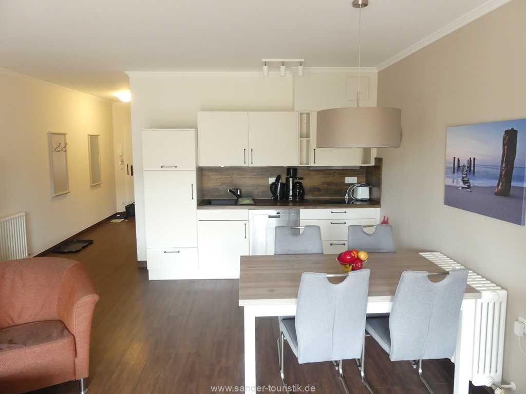 Foto der Wohnung RUG-15-002-14-duenenpark-binz-wohnraum1.JPG