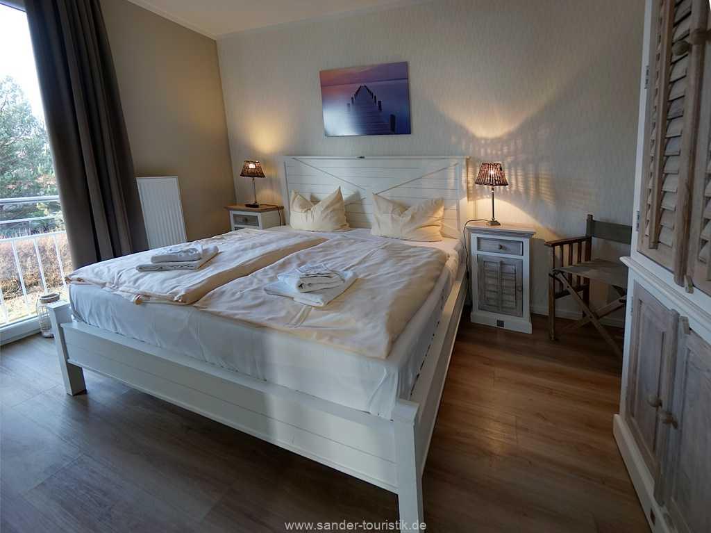 Foto der Wohnung RUG-20-101-03-bel-vital-binz-schlafzimmer.jpg