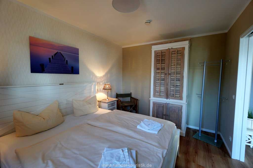 Foto der Wohnung RUG-20-101-03-bel-vital-binz-schlafzimmer1.jpg