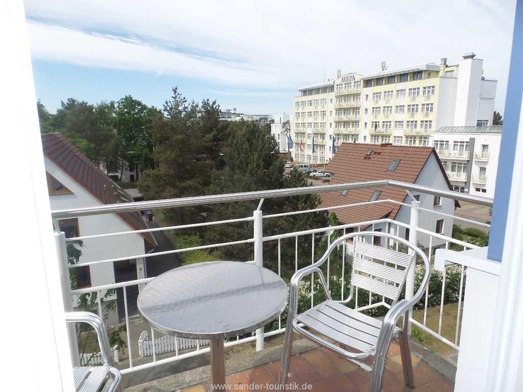 Foto der Wohnung RUG-20-101-35-bel-vital-binz-balkon.jpg