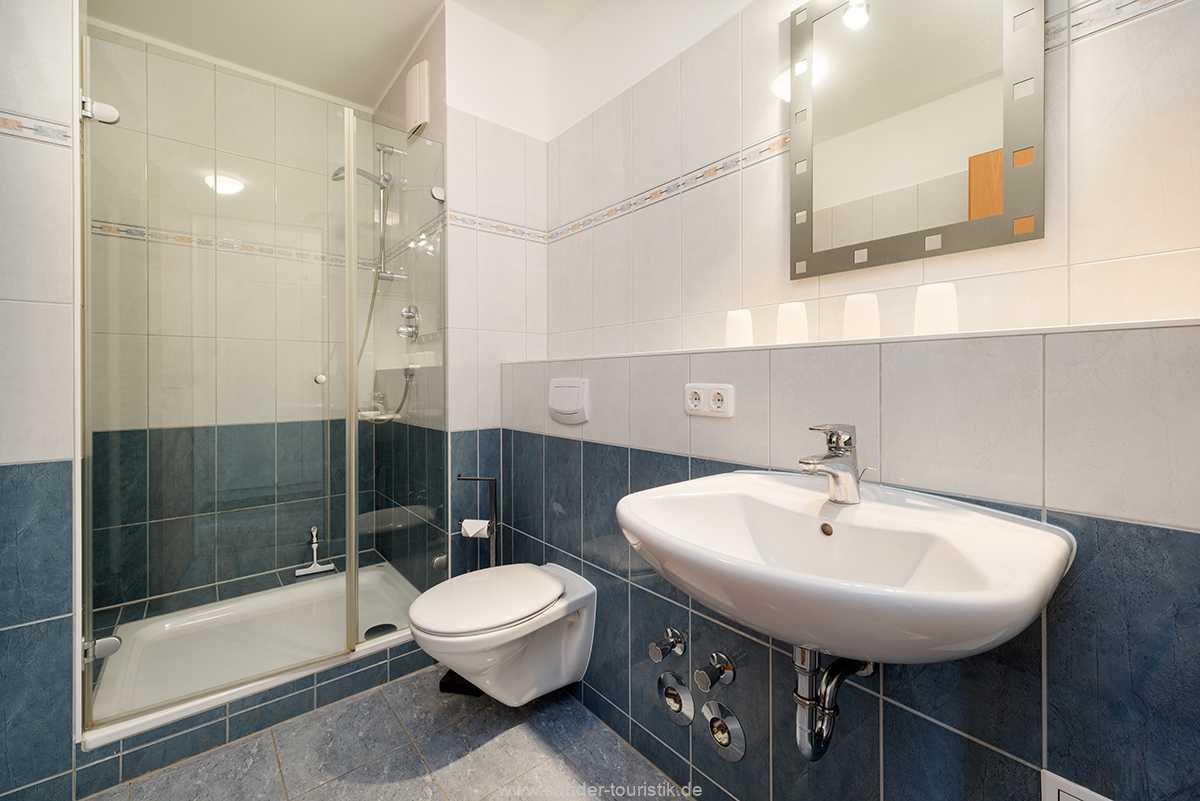 Foto der Wohnung RUG-20-201-04-bel-vital-binz-badezimmer.jpg
