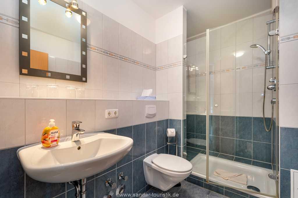 Foto der Wohnung RUG-20-201-16-bel-vital-binz-badezimmer.jpg