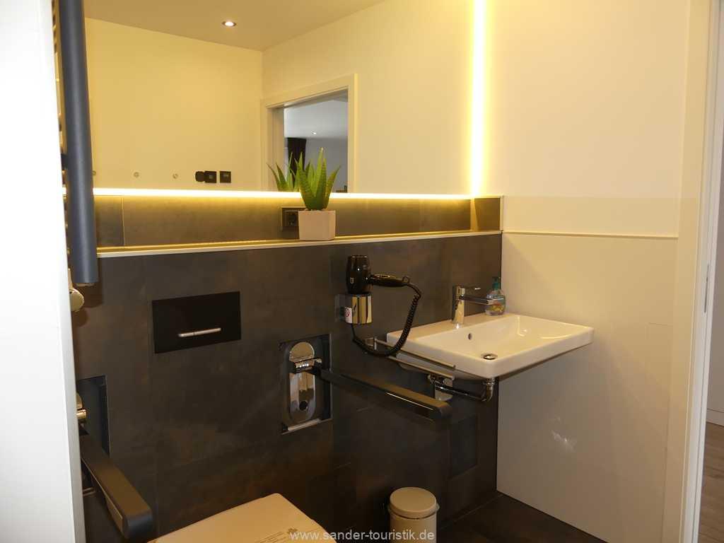 Foto der Wohnung RUG-20-201-23-bel-vital-binz-badezimmer1.jpg