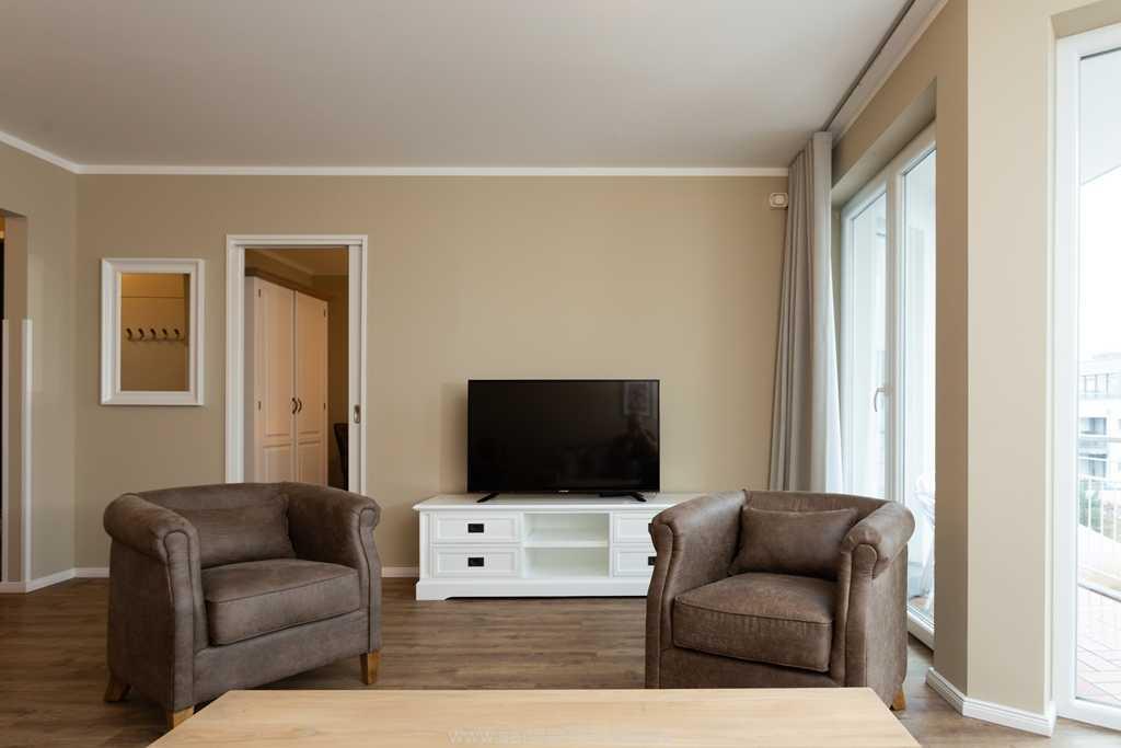 Foto der Wohnung RUG-20-201-31-belvital-binz-wohnraum-tv.jpg
