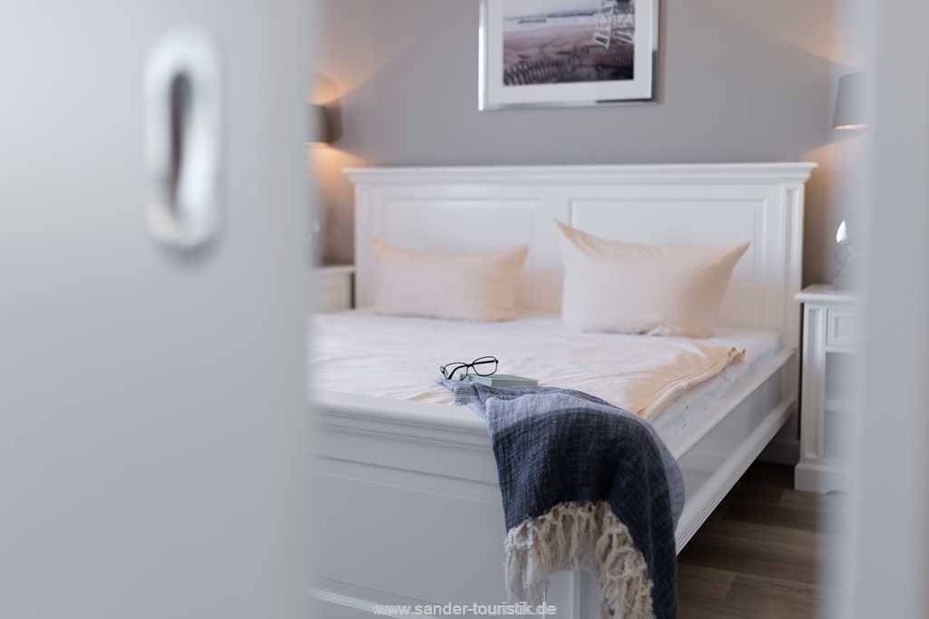 Foto der Wohnung RUG-20-201-43-bel-vital-binz-schlafzimmer-deko.jpg