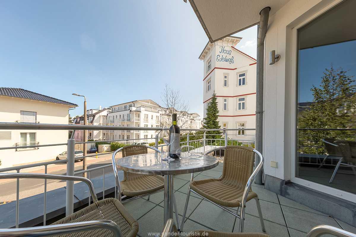 Foto der Wohnung RUG-20-301-12-bel-vital-binz-balkon.jpg