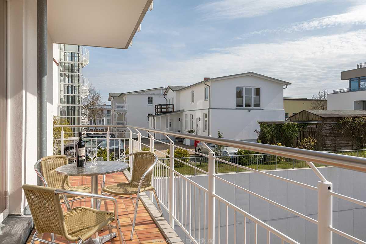 Foto der Wohnung RUG-20-401-13-bel-vital-binz-balkon.jpg
