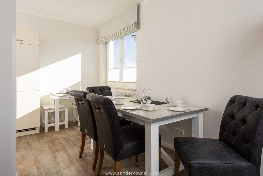 Foto der Wohnung RUG-20-401-45-bel-vital-binz-essecke1.jpg