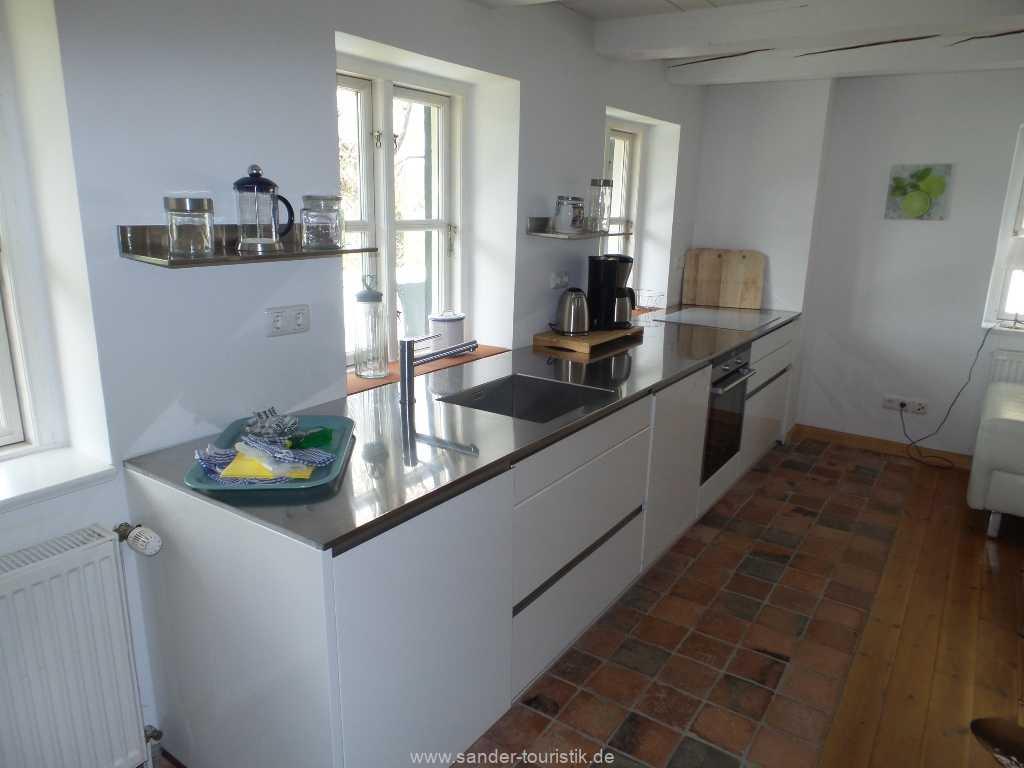 Moderner Küchenblock mit E-Geräten - Boddenblick II - Mönchgut