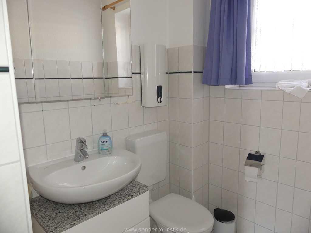 Foto der Wohnung RUG-50-701-01-fh-moewe-lancken-granitz.bad1.jpg