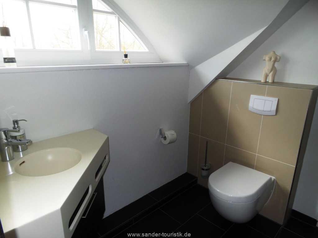 Foto der Wohnung RUG-55-001-01-haus-der-winde-stresow.bad3.jpg