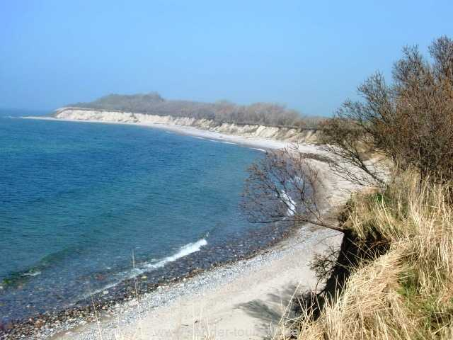 Schöne Uferlandschaft in der Nähe